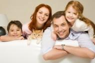 Ustawa o wspieraniu rodziny i systemie pieczy zastępczej wchodząca w życie 1 stycznia 2011 r. zmienia zasady wynagradzania rodzin zastępczych./ Fot. Fotolia